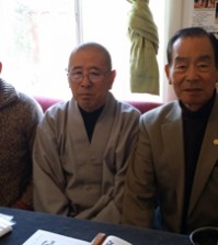 Left to right: Jung Su Hoe President Lee Kang-won, Bongwonsa monk Chung-woon, Los Angeles Korean Veterans Association President Robert Sohn