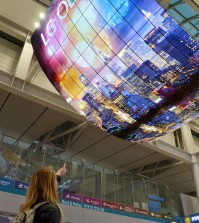 LG Electronics' organic light-emitting diode (OLED) sign, OLED Moment, was installed in the duty free zone at Incheon International Airport, Thursday. The electronics maker said it installed the world's largest OLED sign at the airport to promote products on sale there globally. (Courtesy of LG Electronics)