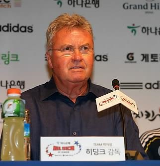 Ex-South Korean football coach Guus Hiddink (Yonhap)