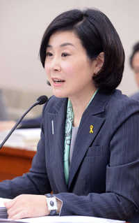 Kim Hee-jung, minister of gender equality and family (Korea Times file)