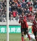 FC Seoul forward Adriano (C) celebrates after scoring his second goal against Sanfrecce Hiroshima during their Asian Football Confederation Champions League Group F match at Seoul World Cup Stadium in Seoul on March 1, 2016. (Yonhap)