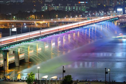 The Banpo Bridge (Courtesy of City of Seoul)
