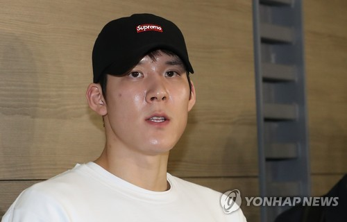 In this file photo taken on Feb. 15, 2017, South Korean swimmer Park Tae-hwan speaks to reporters at Incheon International Airport before departing for Australia for training. (Yonhap)