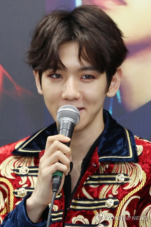 Baekhyun of K-pop band EXO speaks to reporters during a press conference at the Jamsil Olympic Main Stadium in Seoul on May 28, 2017. (Yonhap)