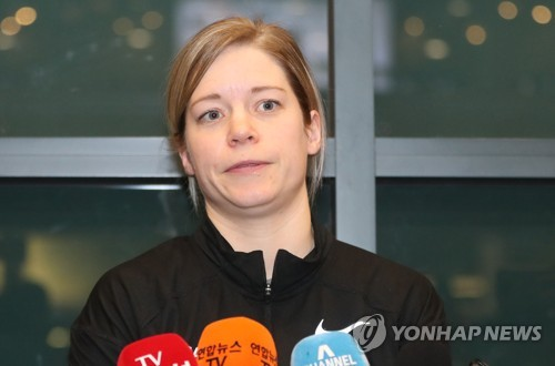 South Korea women's hockey head coach Sarah Murray listens to a reporter's question at Incheon International Airport on Jan. 16, 2018. (Yonhap)