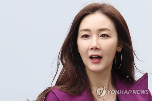 This file photo is of actress Choi Ji-woo. (Yonhap)
