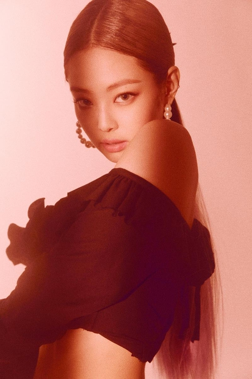 This image of Jennie is provided by YG Entertainment. (Yonhap)
