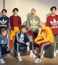 """SEOUL, Nov. 16 (Yonhap) -- Boy band GOT7 will release a repackaged album titled """"Present: You & Me"""" on Dec. 3, its agency JYP Entertainment said Friday.  This will be the seven-member act's third album released this year following the EP """"Eyes on You"""" in March and the full-length """"Present You"""" in September.  The group is scheduled to hold concerts in Tokyo on Dec. 18-19 and Kobe on Feb. 2-3. It also plans to release a new EP album in Japan on Jan. 30.  The photo provided by JYP Entertainment shows K-pop boy group GOT7. (Yonhap)"""