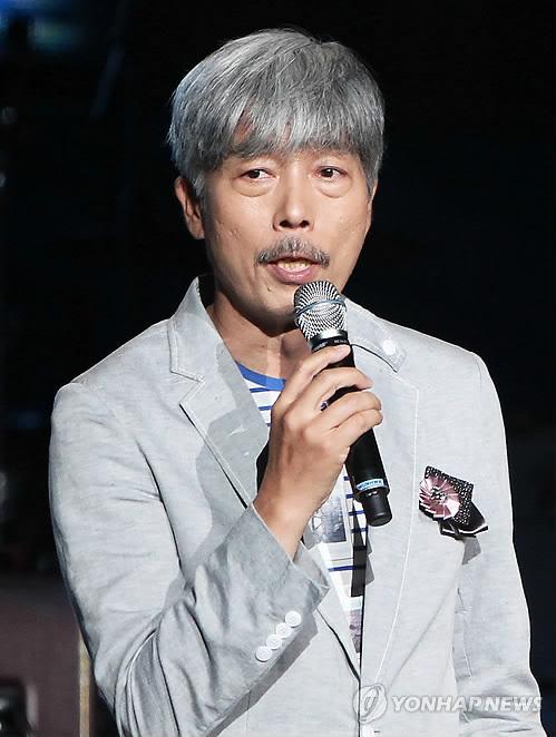배철수 '섹시한 할아버지 되고파' (서울=연합뉴스)
